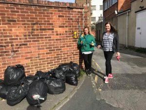 Andi Turner - volunteers street cleaning
