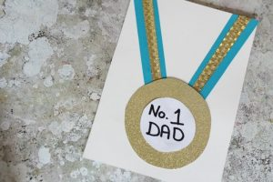 Mrs Mactivity - father's day medal